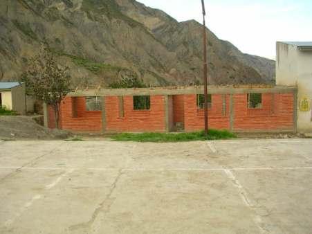 Dos Aulas En Construccion Paralizadas