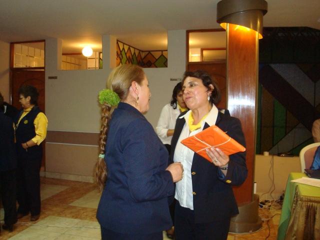 Reconocimiento de la esposa del gobernador Ana Rosa